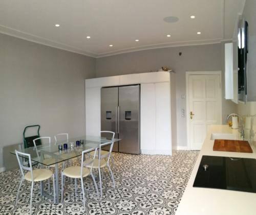 keittiön katto+seinät